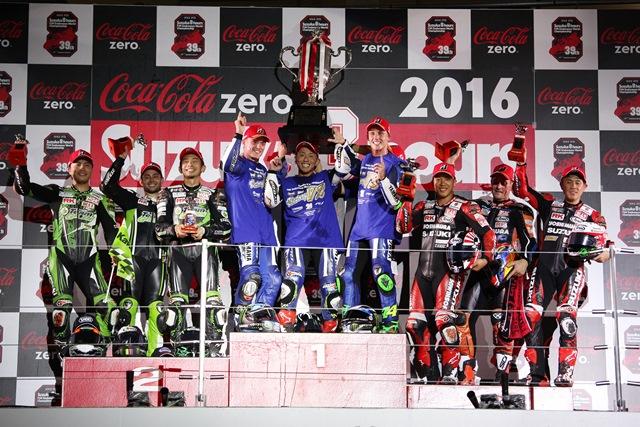 8H_podium_re