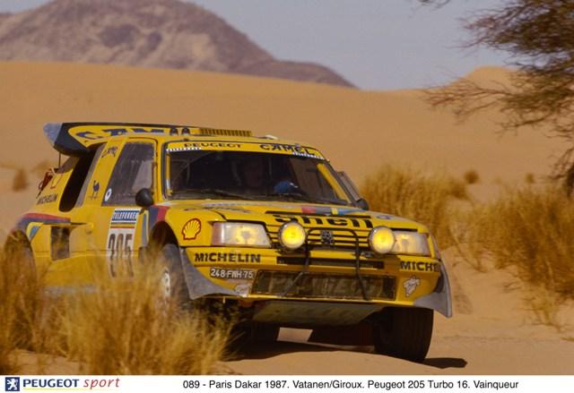 089 - Paris Dakar 1987. Vatanen/Giroux. Peugeot 205 Turbo 16. Vainqueur