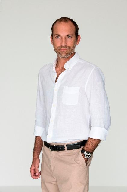 Pedro Tinoco - Marketeer (2) (3294x5000).png