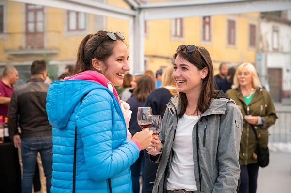 Winter Wine Market